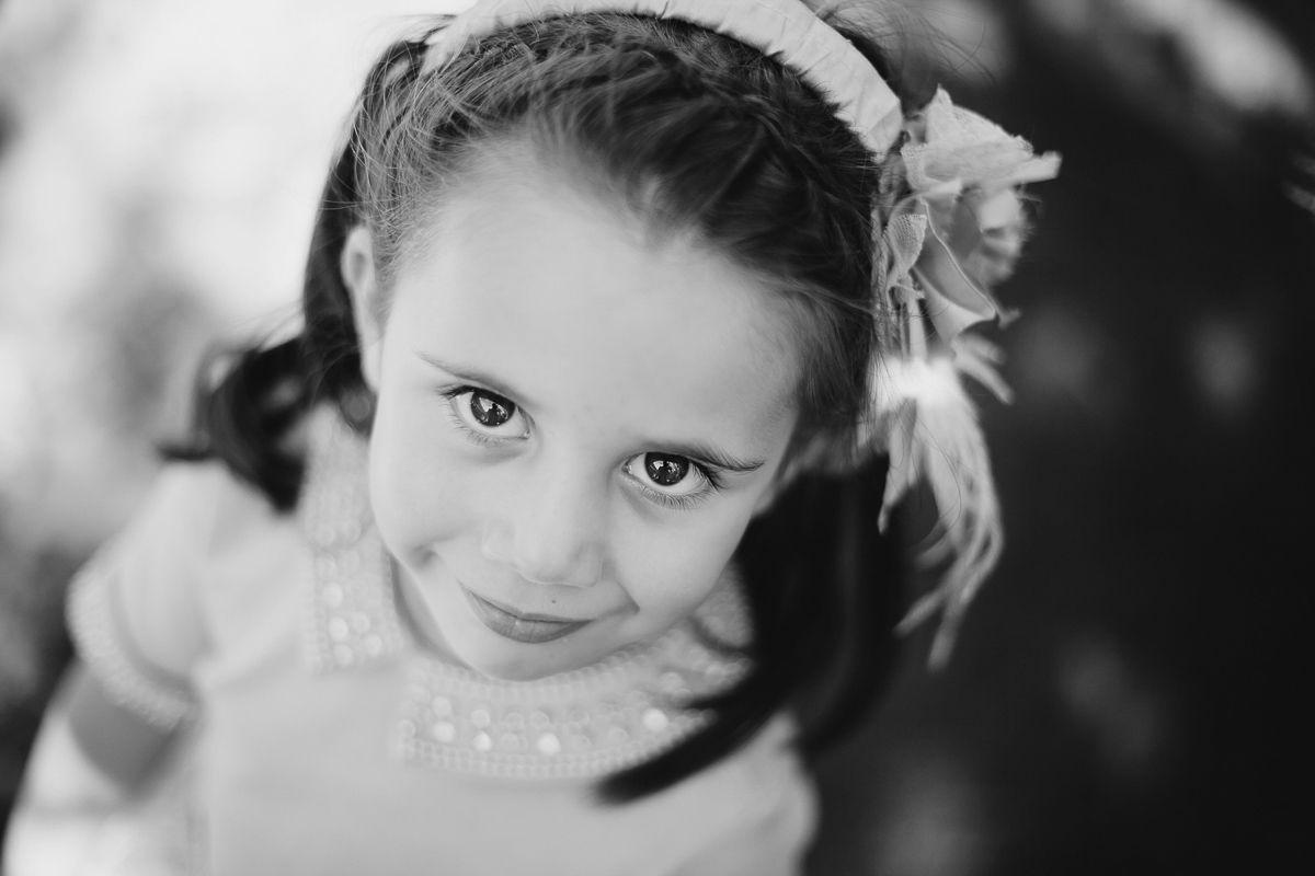 retrato de niña en boda - fotógrafo Valladolid