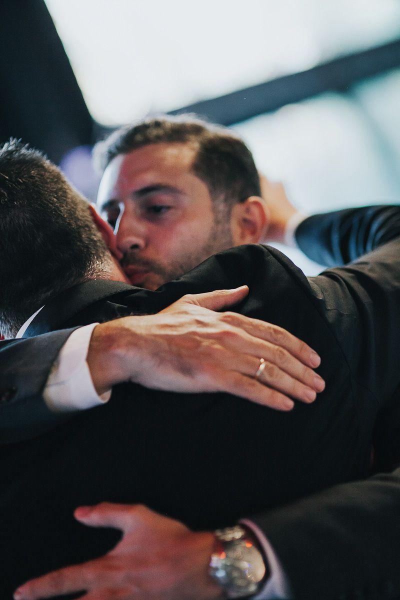 abrazos - fotografia boda Valladolid