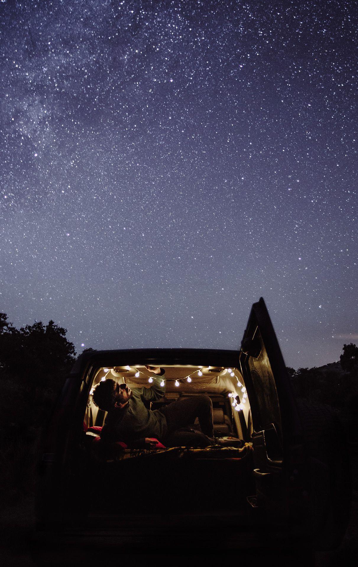 Soy Sergio y me encanta la naturaleza, viajar y la aventura, dormir bajo las estrellas y además soy fotógrafo de bodas en Valladolid,