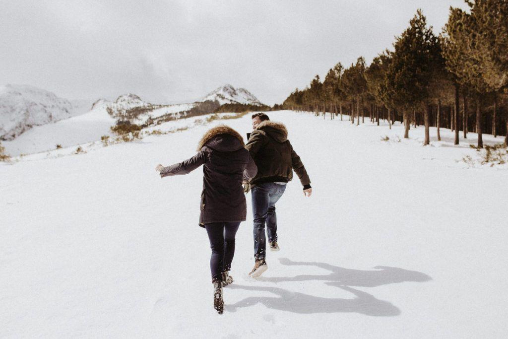 Preboda en la nieve - felicidad - nieve - montaña